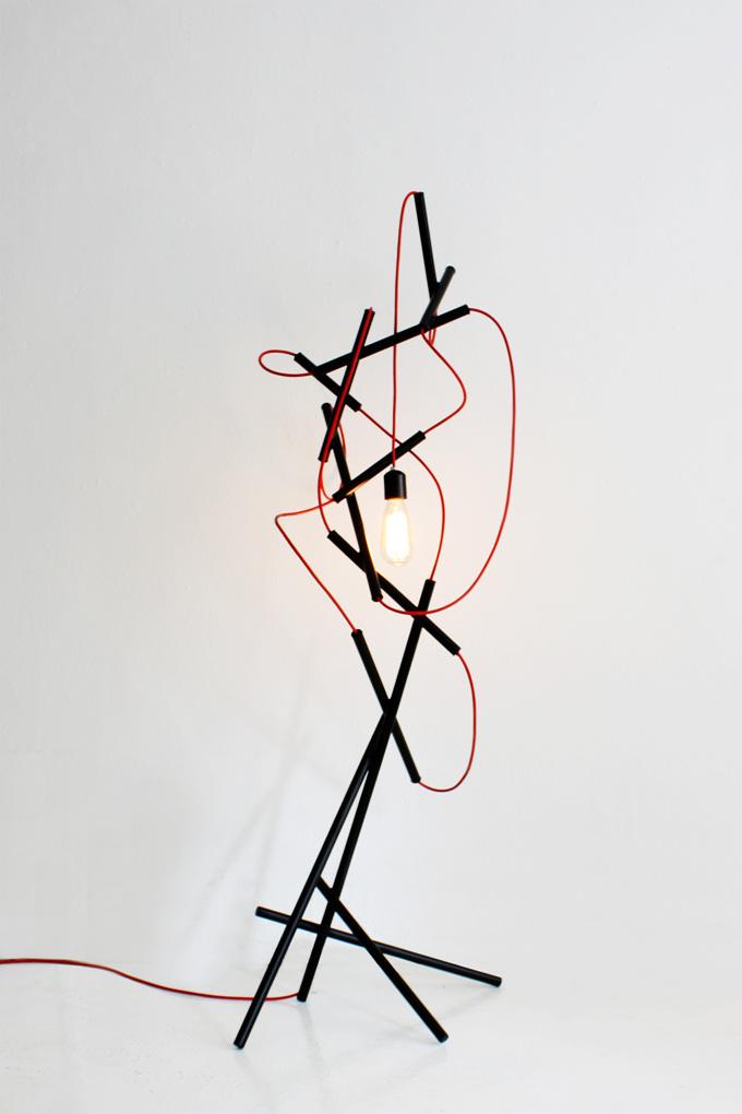 lampara lio de cables