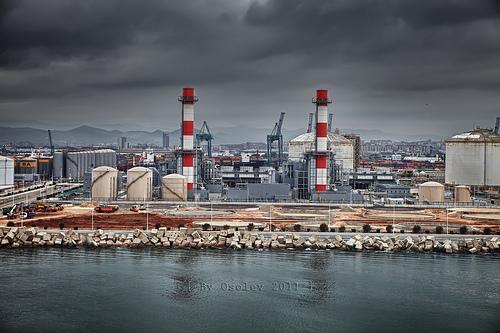 chimeneas industriales by osolev