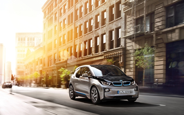 BMW i3 consumo 0,6l/100km