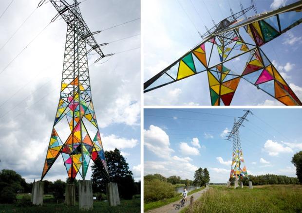 Leuchtturm torre electrica de colores 2