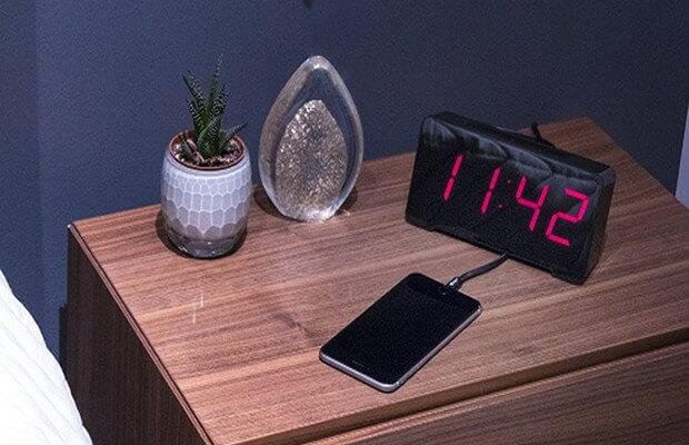 reloj-despertador-usb