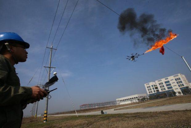 Drone lanzallamas 1